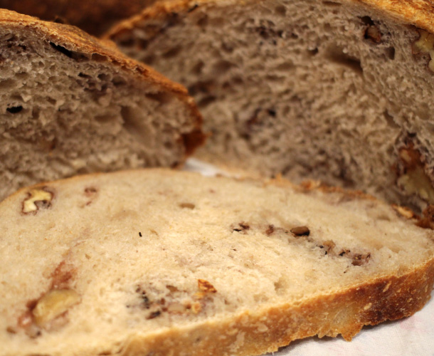 Sourdough bread with walnuts can be delivered in any city of China
